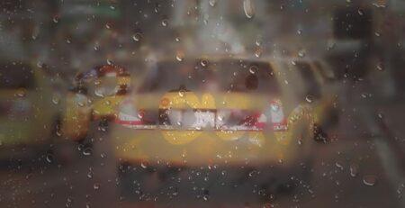 Боремся с запотеванием стекол машины в сырую погоду