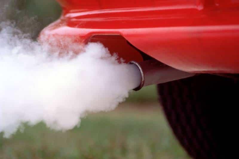 поевляеться дым когда сбрасываю газ смесь